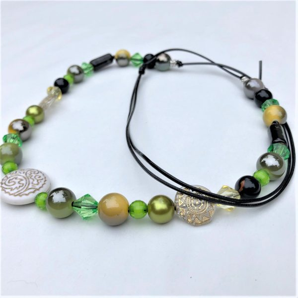 Costume Jewellery - mixed beads Green necklace