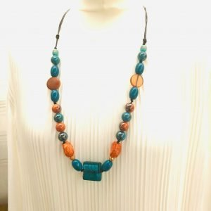 Acrylic and Glass Beads Necklace
